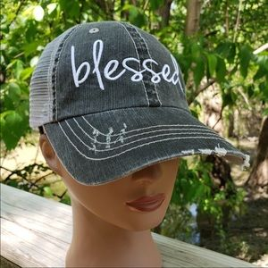 Accessories - NEW. Super cute baseball hat says blessed💕💕
